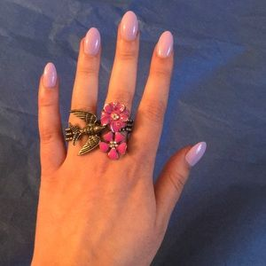 Bird and flower ring that goes on 2 fingers!